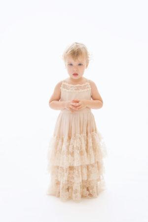 Bella - valge printsessikleit