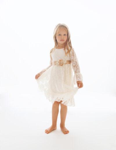 Laura - valge pitskleit printsessile_1