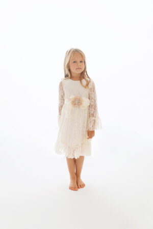 Laura - valge pitskleit printsessile_2